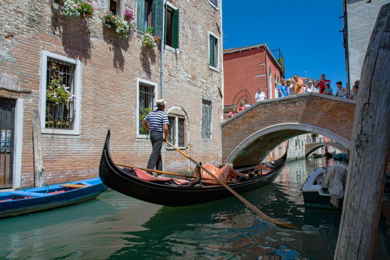 12-Italy-