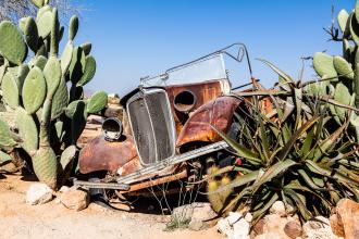 Desert Wreck (I)