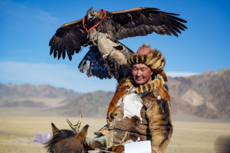The Winning Hunter and Eagle