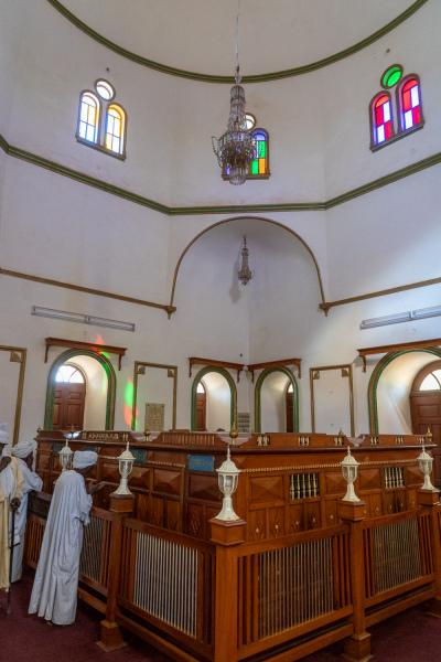 Inside Mahdi's Tomb